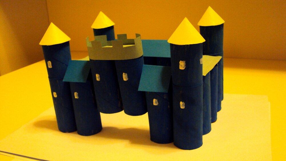 zamek z papieru 10