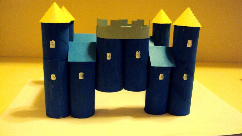 zamek z papieru 12